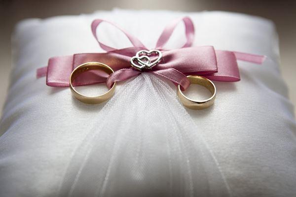 三个已婚男人的自述:把钱交给妻子管理